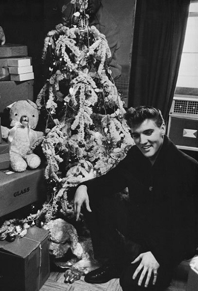 Xmas with Elvis.jpg